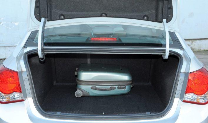 Chevrolet Cruze - bagażnik