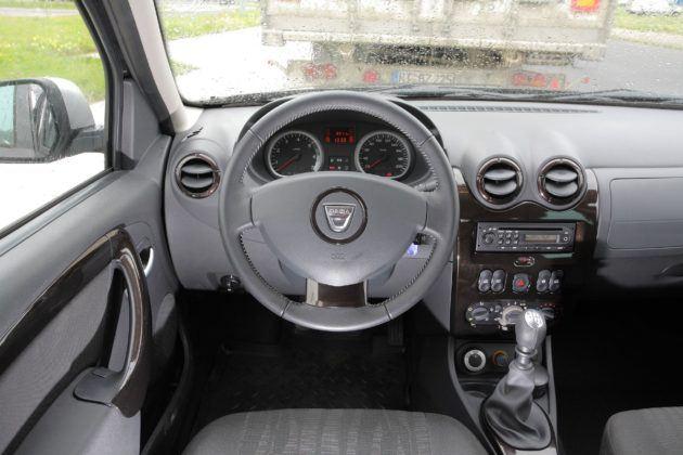 Dacia Duster - deska rozdzielcza