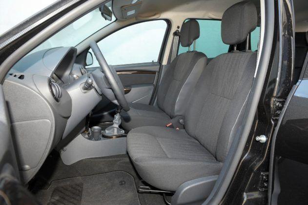 Dacia Duster - fotel kierowcy