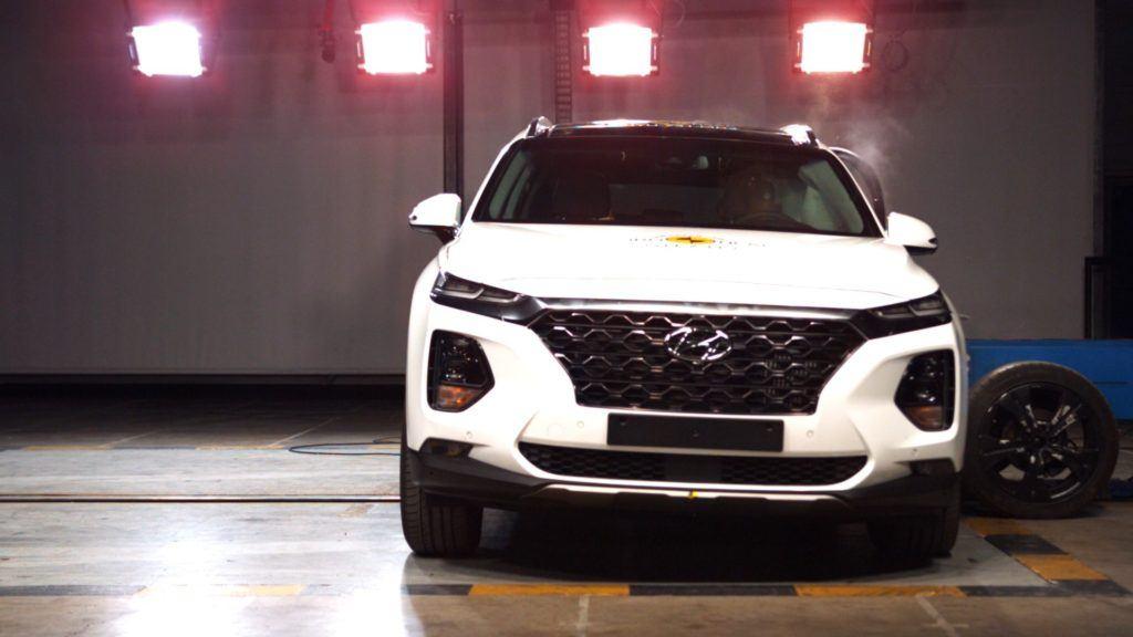 Euro NCAP - Hyundai Santa Fe 06