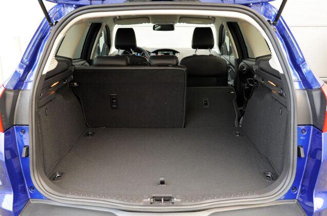 Ford Focus III bagażnik