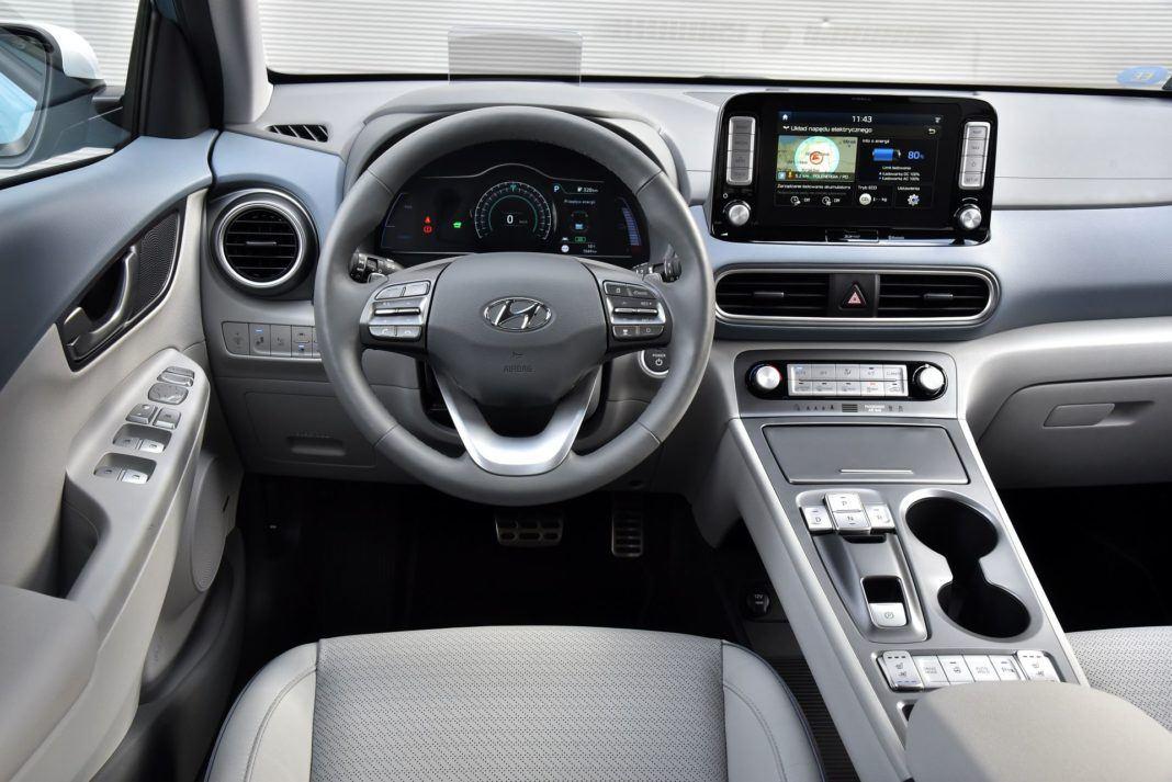 Hyundai Kona Electric - deska rozdzielcza