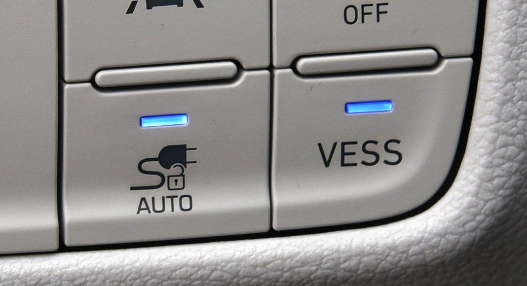 Hyundai Kona Electric - przyciski