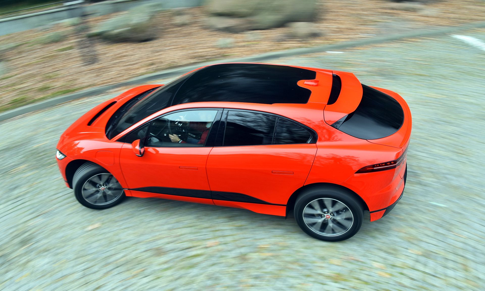 Jaguar I-Pace - dynamiczne