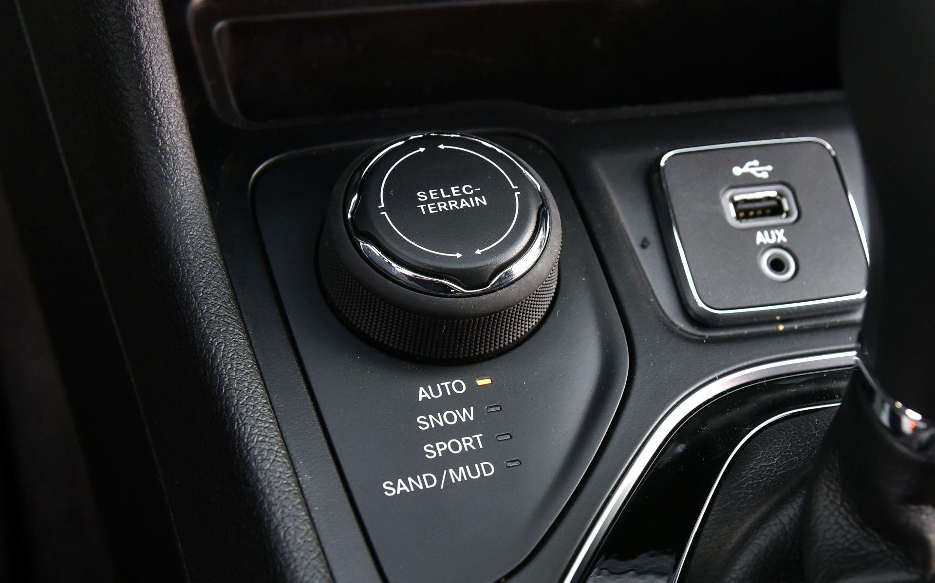 Jeep Cherokee - pokrętło