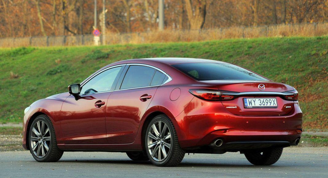 Mazda 6 - tył