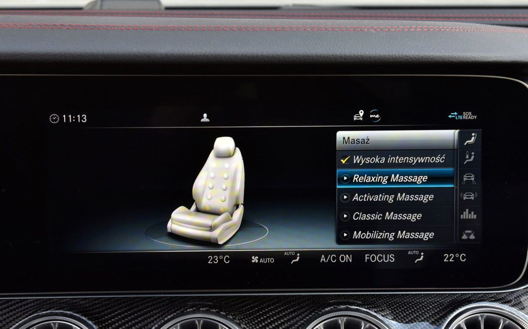 Mercedes-AMG E 53 Coupe - masaż