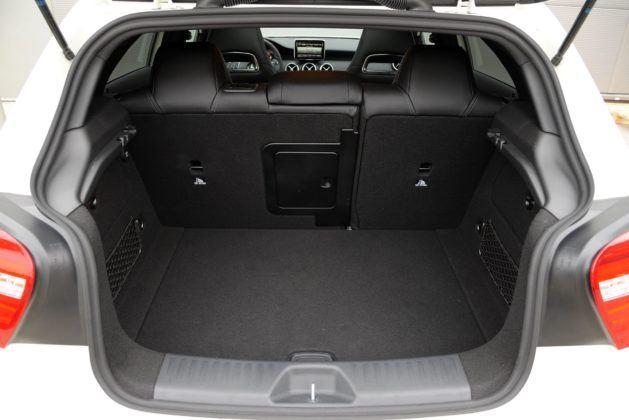 Mercedes Klasy A - bagażnik
