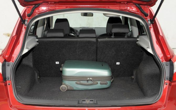 Nissan Qashqai I - bagażnik