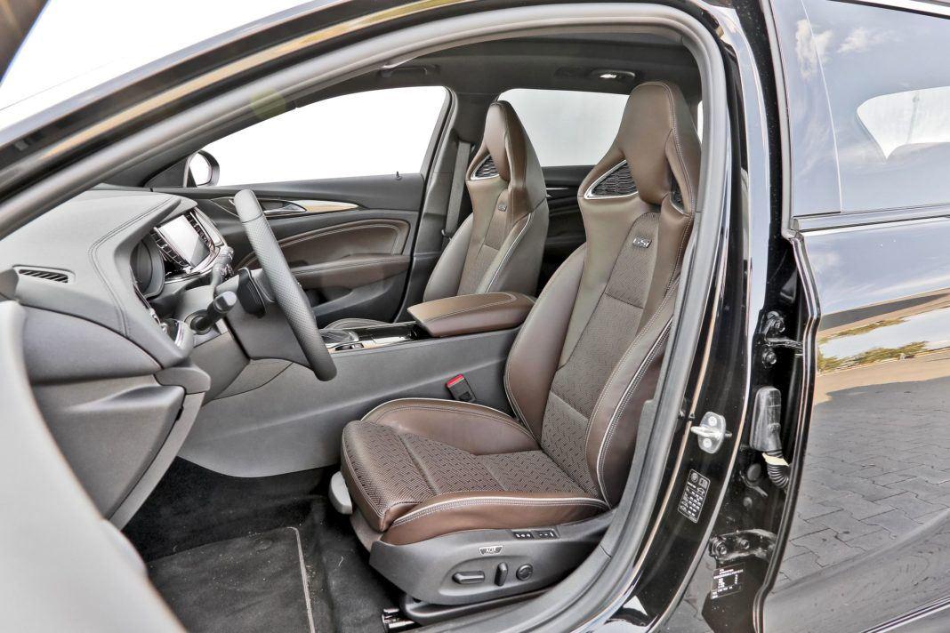 Opel Insignia ST Diesel BiTurbo GSi - fotel kierowcy