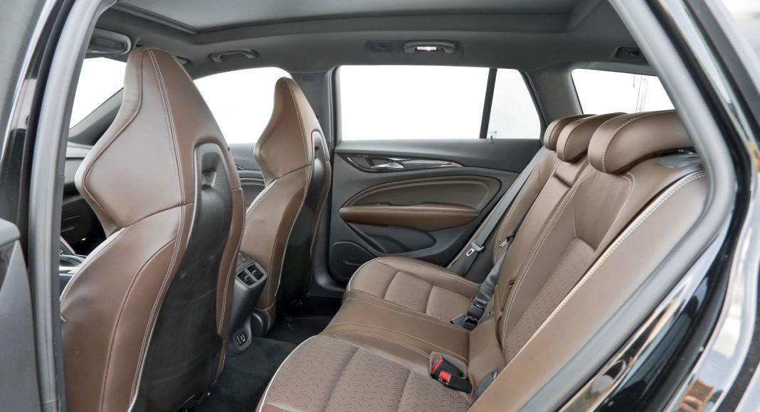 Opel Insignia ST Diesel BiTurbo GSi - kanapa