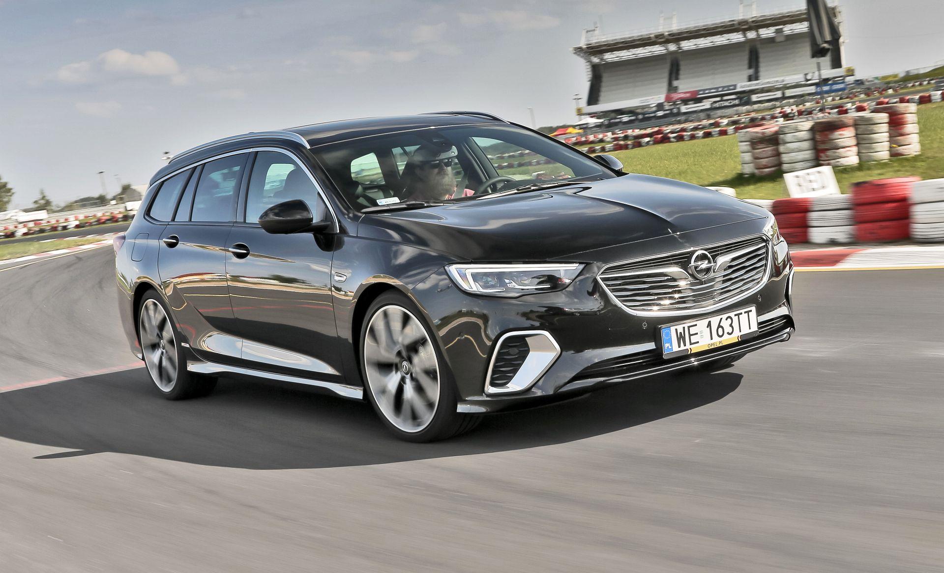 Opel Insignia ST GSi - przód