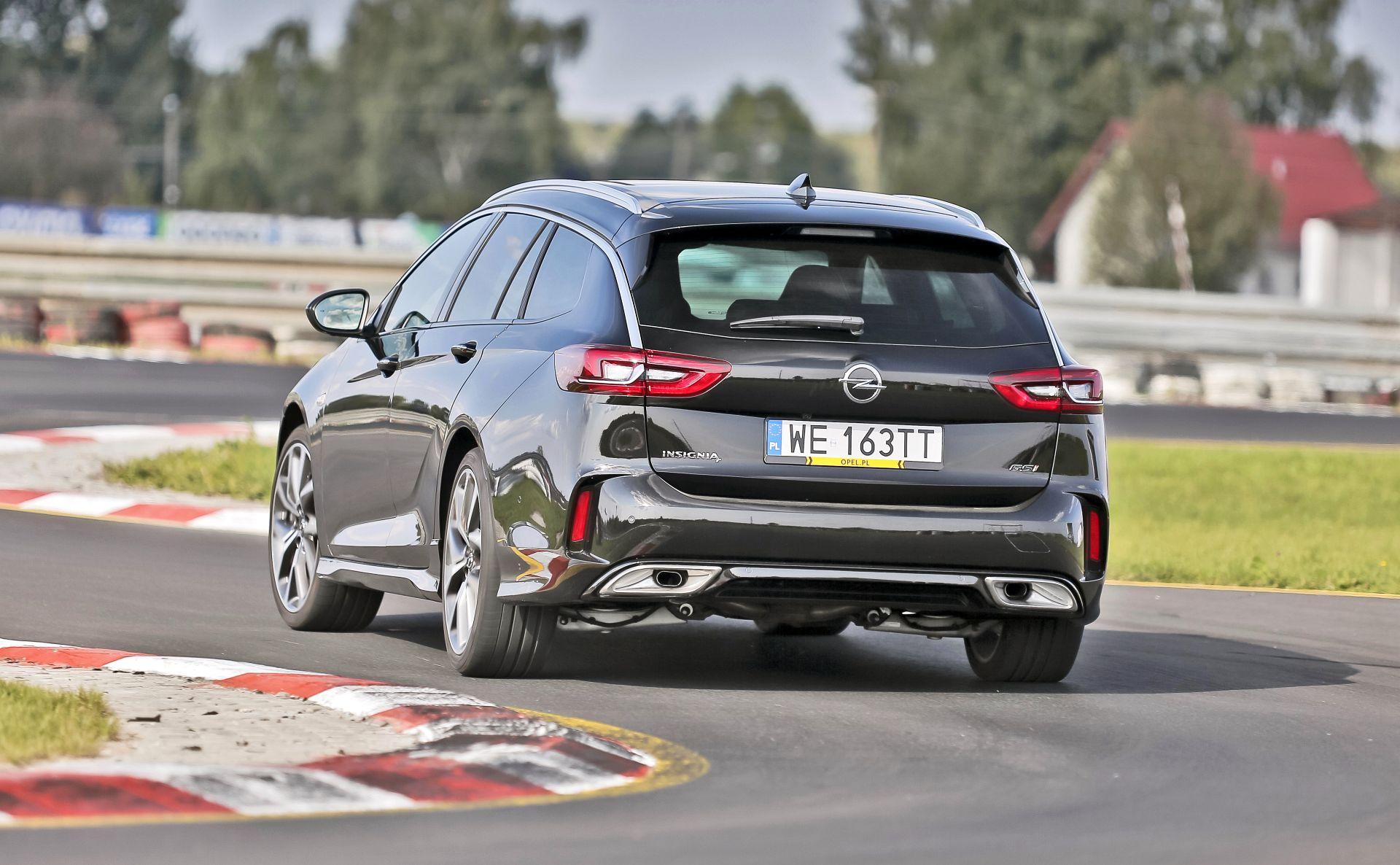 Opel Insignia ST GSi - tył