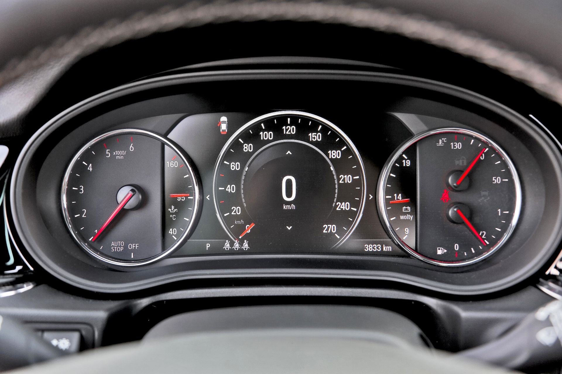 Opel Insignia ST GSi - zegary