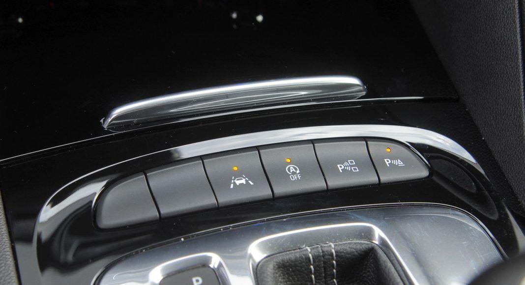 Opel Insignia - przełączniki