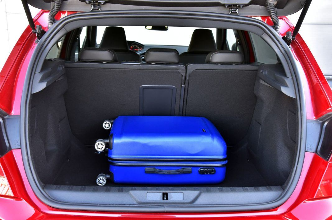 Peugeot 308 GT - bagażnik