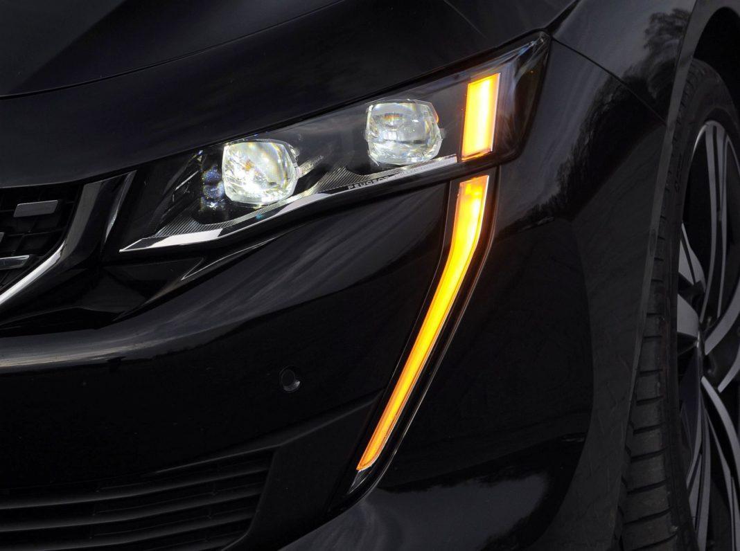 Peugeot 508 - światła