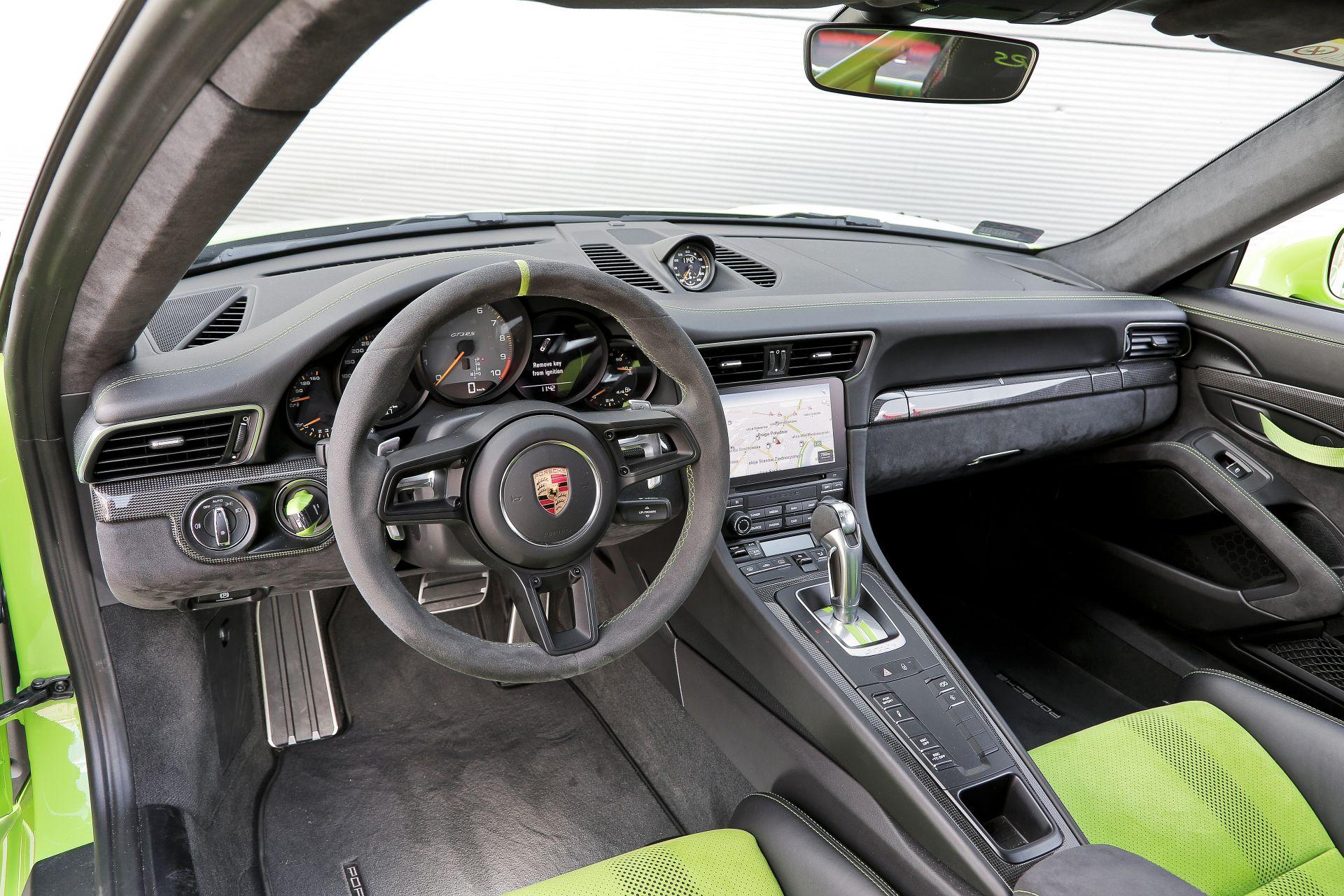 Porsche 911 GT3 - deska rozdzielcza