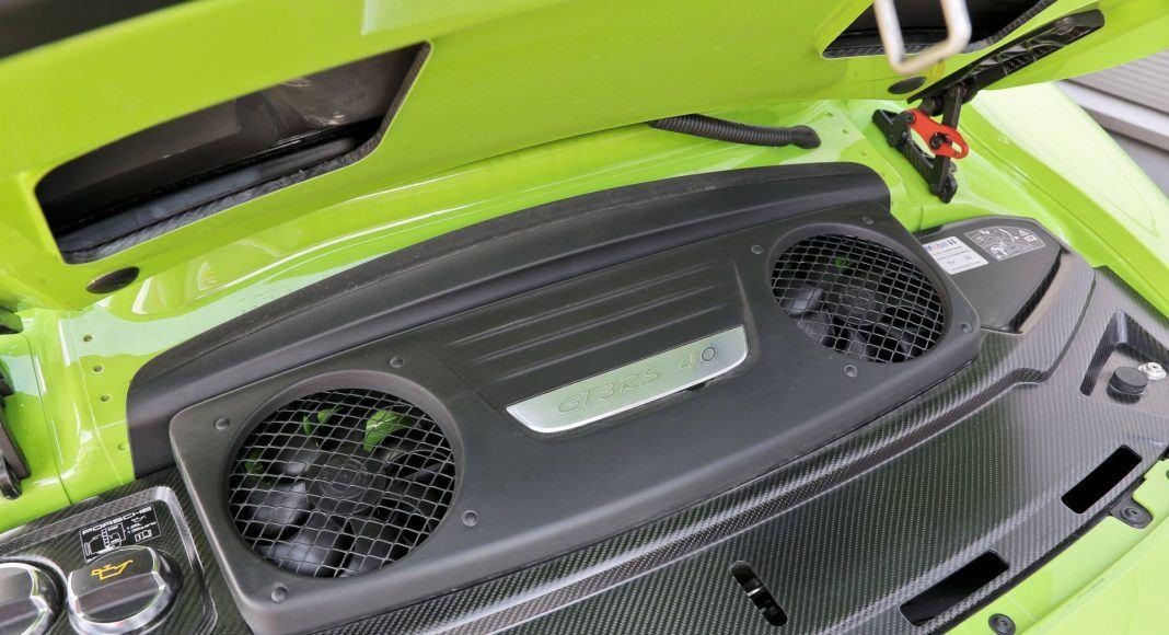 Porsche 911 GT3 RS - silnik