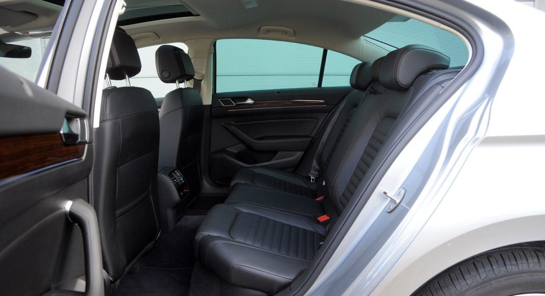 Volkswagen Passat - kanapa