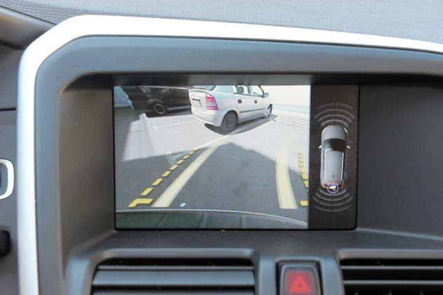 Volvo XC60 - kamera cofania