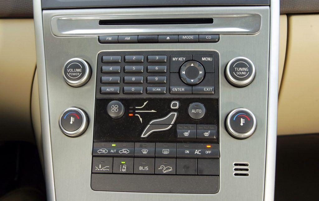 Volvo XC60 - konsola środkowa
