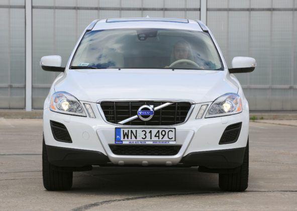 Volvo XC60 - przód