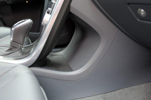 Volvo XC60 - schowek
