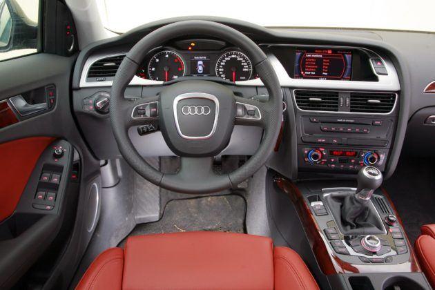 Audi A4 B8 - deska rozdzielcza