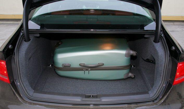 Audi A4 B8 - bagażnik