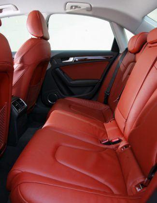 Audi A4 B8 - kanapa
