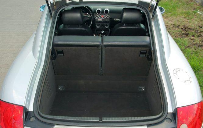 Audi TT 8N - bagażnik