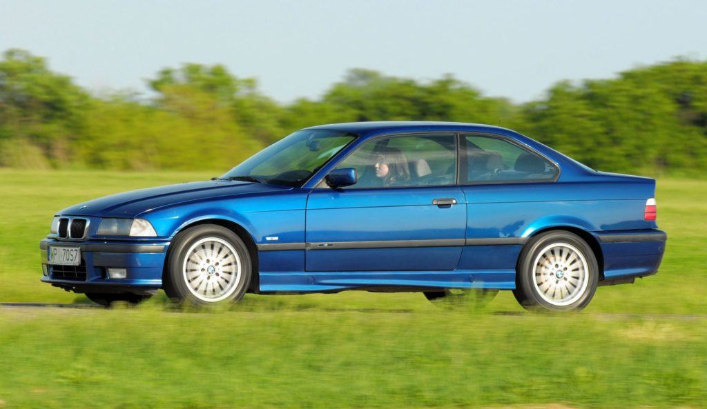 BMW E36 Coupe - dynamiczne