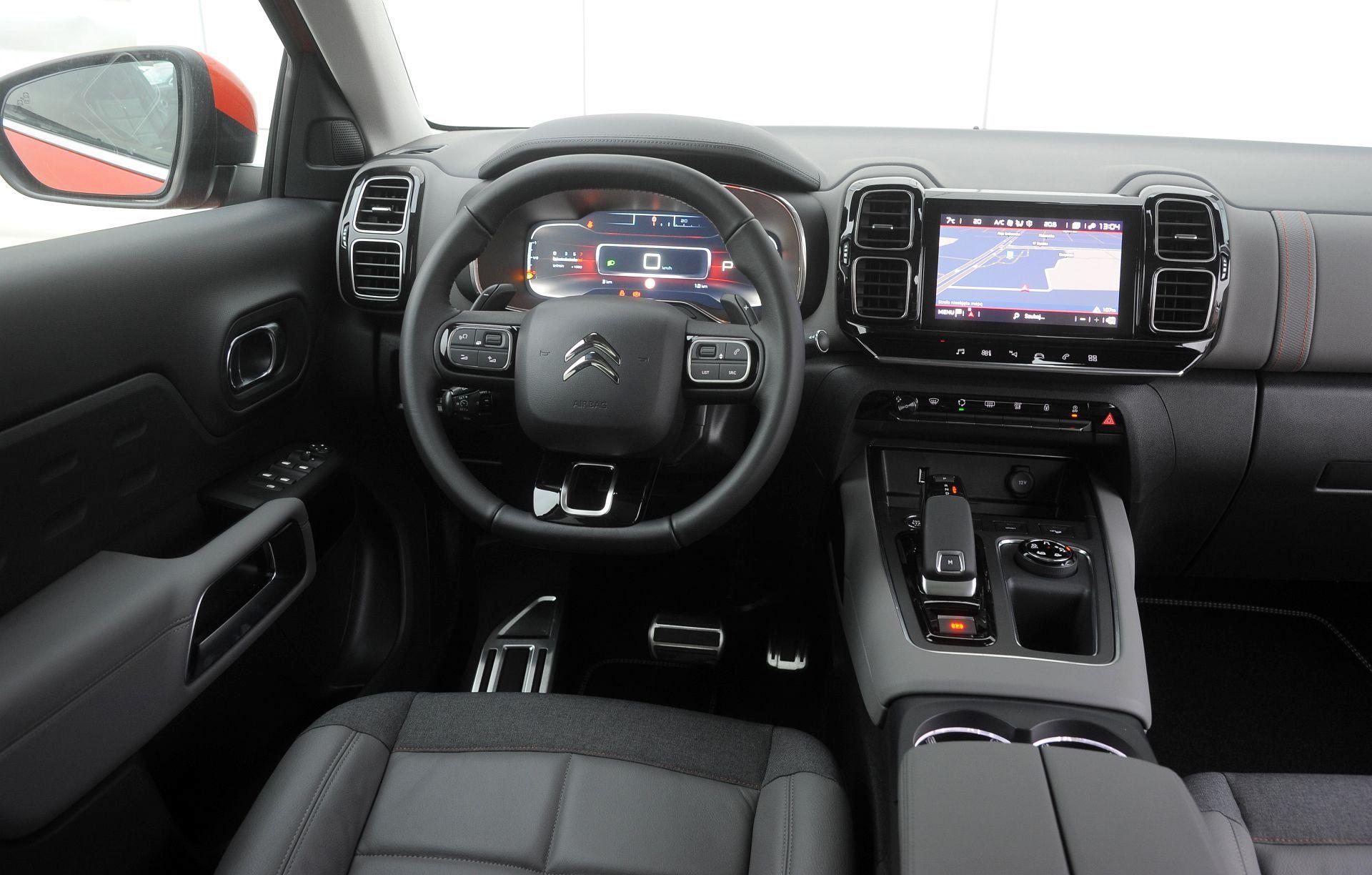Citroen C5 Aircross - deska rozdzielcza