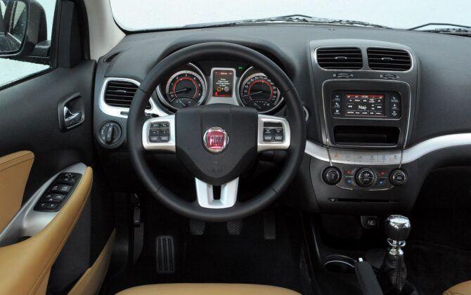 Fiat Freemont deska rozdzielcza