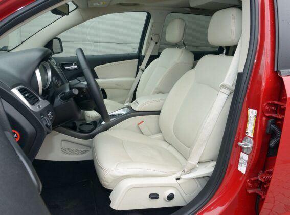 Fiat Freemont fotel kierowcy (2)