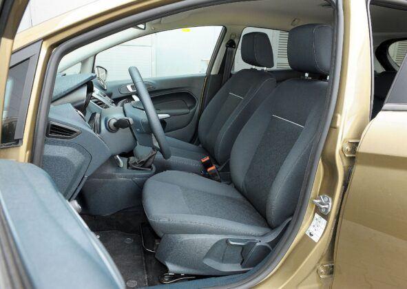 Ford Fiesta VII fotel kierowcy (3)