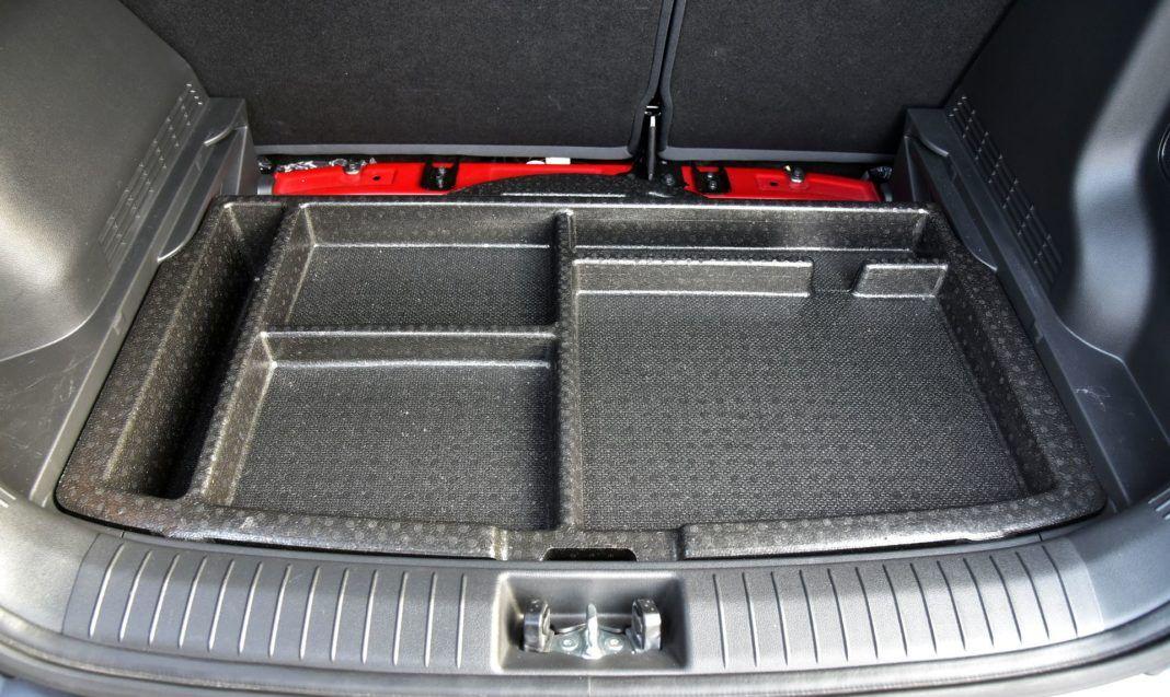 Hyundai Kona - schowek