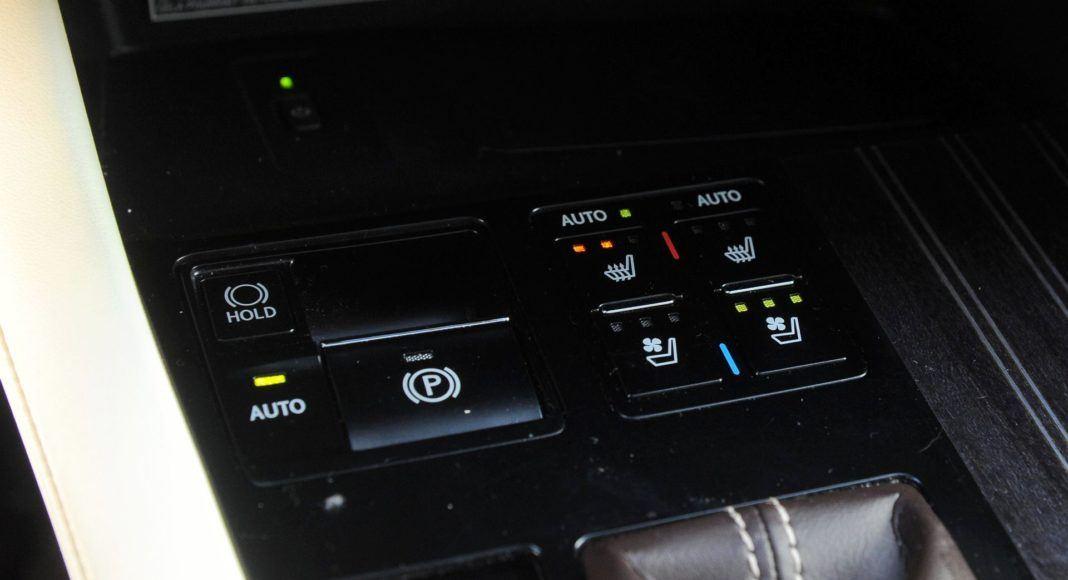 Lexus RX 450hL - tryby jazdy