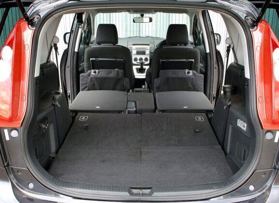 Mazda 5 I bagażnik
