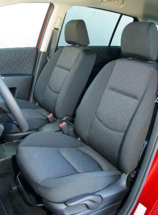 Mazda 5 I fotel kierowcy (2)