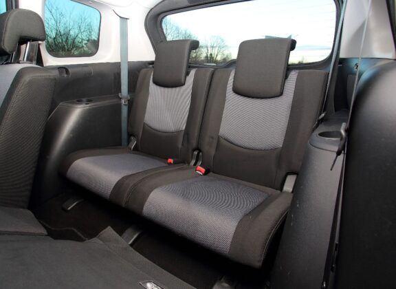 Mazda 5 I trzeci rząd siedzeń