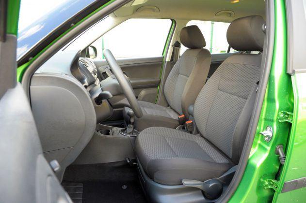 Skoda Fabia II - fotel kierowcy