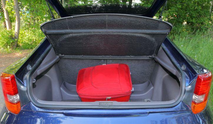 Toyota Celica - bagażnik