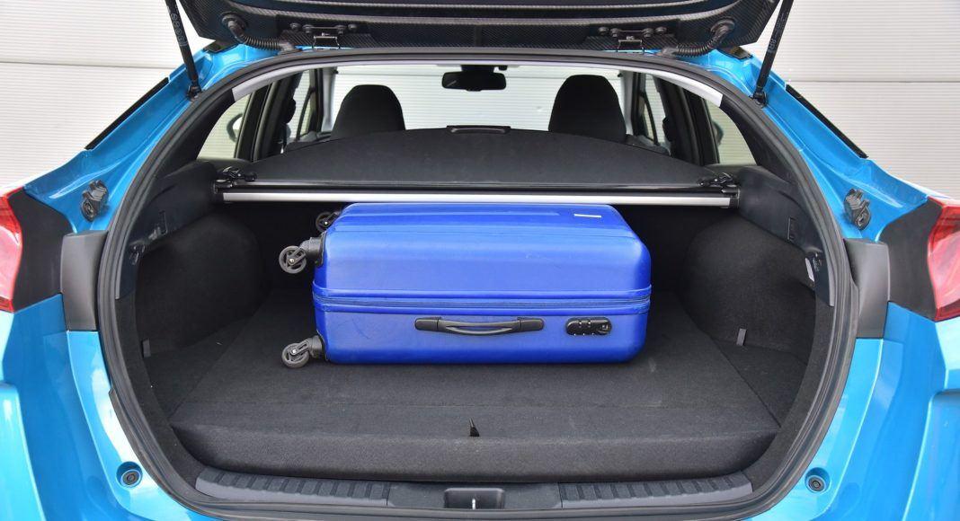 Toyota Prius Plug-In Hybrid – bagażnik