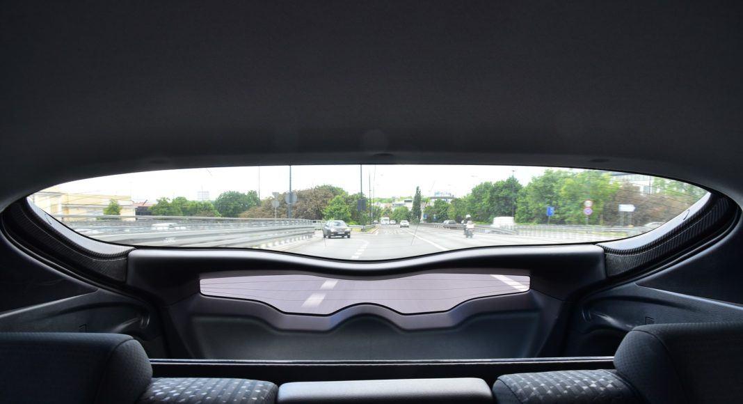 Toyota Prius Plug-In Hybrid – tylna szyba