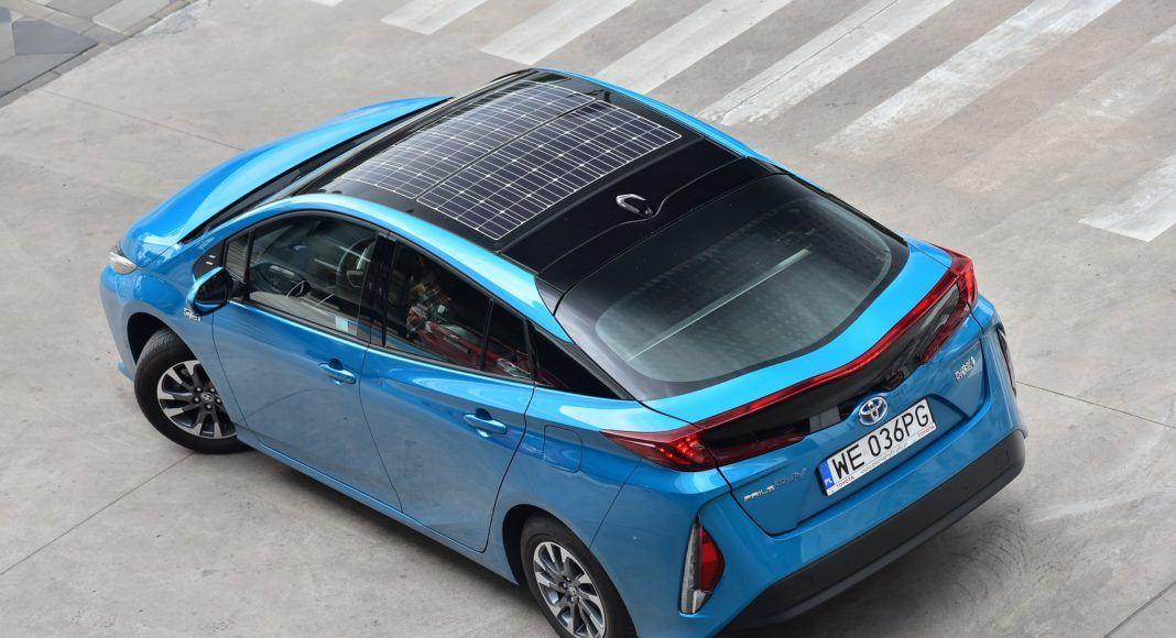 Toyota Prius Plug-In Hybrid – z góry