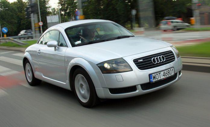 Używane coupe za 15 tys. zł - otwierające