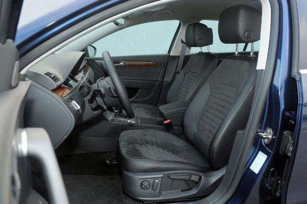 Volkswagen Passat B7 fotel kierowcy