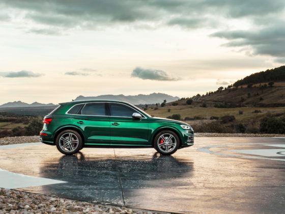 Audi SQ5 TDI - bok